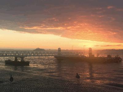 Sonnenaufgang in Lissabon im Dezember