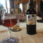 fruehlingsbier am tisch